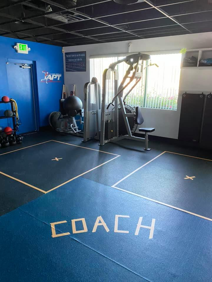 Pinnacle Fitness Social distancing Local Gym